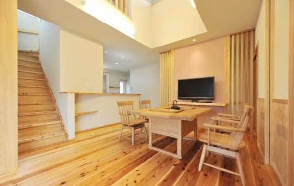 深呼吸する木の家 (長期優良住宅)